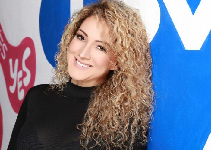 Erika Ender - photo by Ernesto Coria